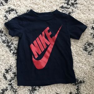 Nike T-shirt 3T boys